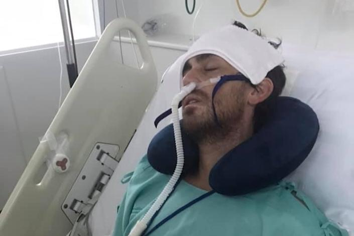Ash Shorley, 32, is in hospital in Phuket after contracting a pneumonia-style bug while he was on holiday Koh Phi Phi island. (GoFundMe)