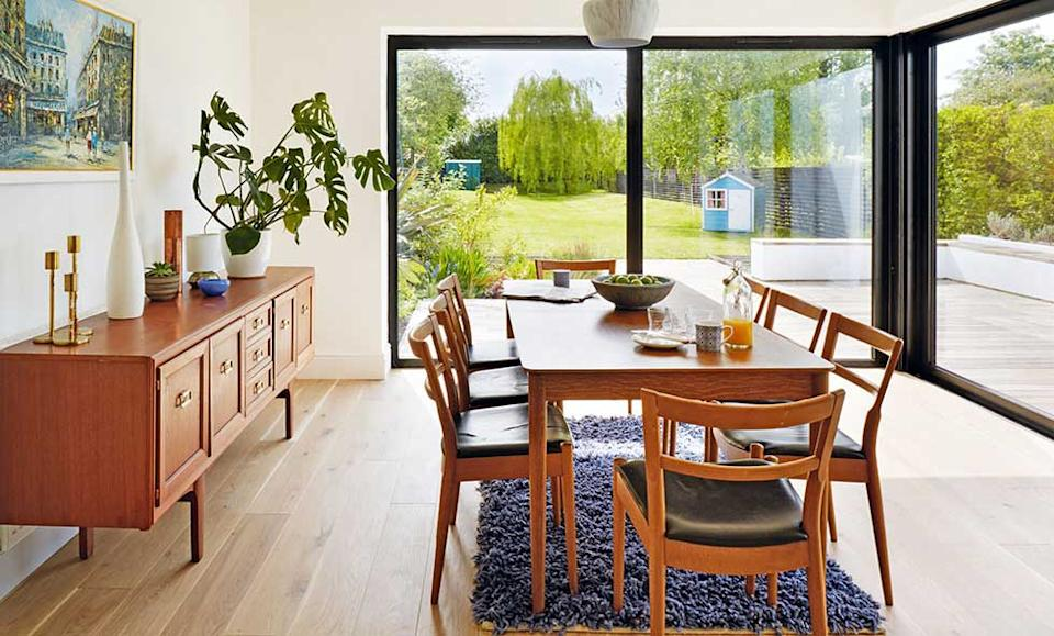 bright and spacious kitchen extension