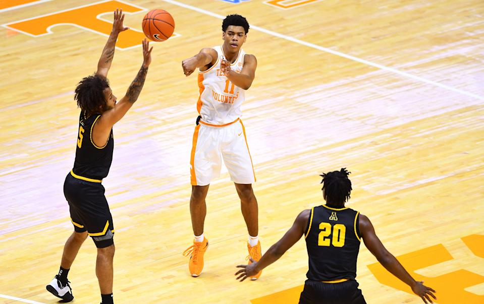 Tennessee guard Jaden Springer (11) passes the ball during a basketball game between the Tennessee Volunteers and the Appalachian State Mountaineers at Thompson-Boling Arena in Knoxville, Tenn., on Tuesday, Dec. 15, 2020. (Via OlyDrop)