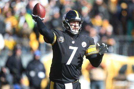 Jan 14, 2018; Pittsburgh, PA, USA; Pittsburgh Steelers quarterback Ben Roethlisberger (7) throws the ball during the first quarter in the AFC Divisional Playoff game against the Jacksonville Jaguars at Heinz Field. Mandatory Credit: Charles LeClaire-USA TODAY Sports