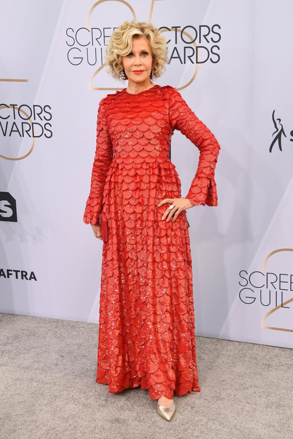 <p>Jane Fonda, in a Maison Valentino dress, at the 2019 Screen Actors Guild Awards in Los Angeles. (Photo: Getty Images) </p>