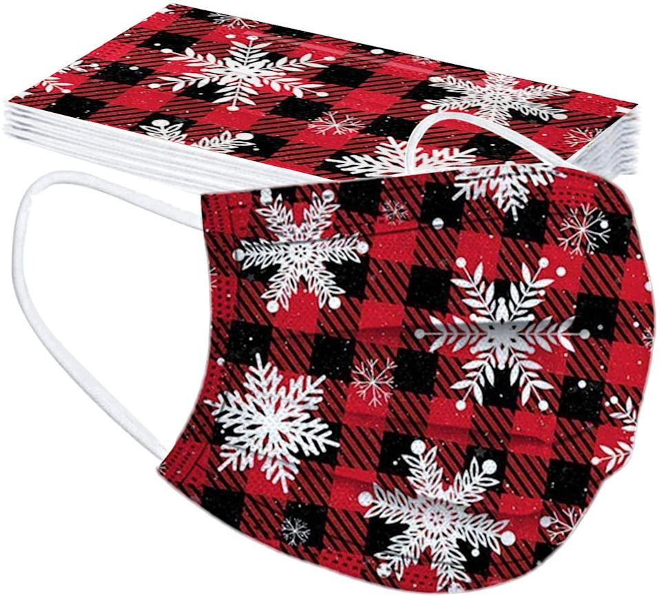 UMFun 10pc Christmas Print Disposable Masks. Image via Amazon.