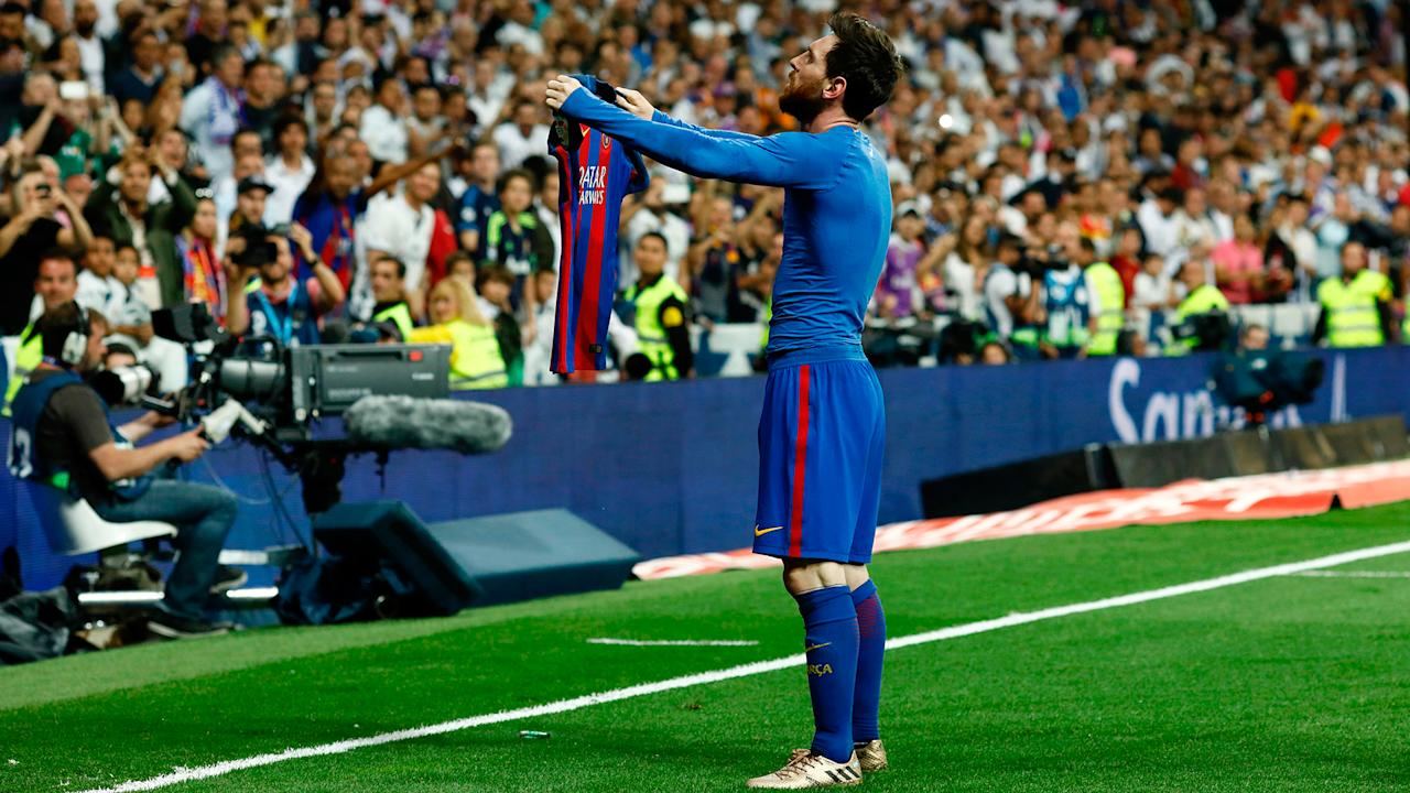 The Italian coach, who won two Liga titles with los Blancos, believes that the Barcelona No.10 is consistently targeted in Clasico clashes