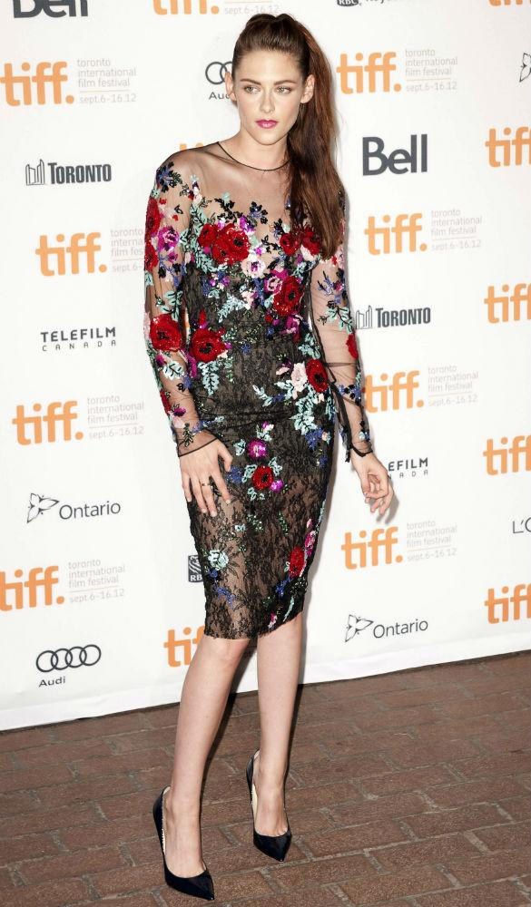 Kristen Stewart Redeems Reputation In Stunning Gothic Floral Dress For On The Road Premiere