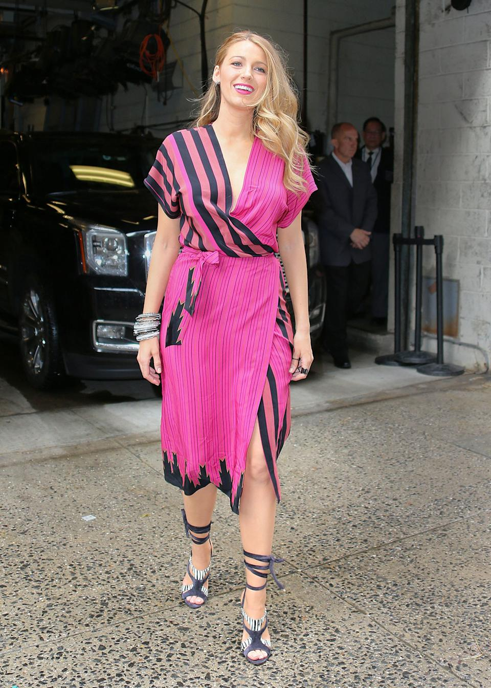 """<h1 class=""""title"""">blake lively outfits 10</h1>"""