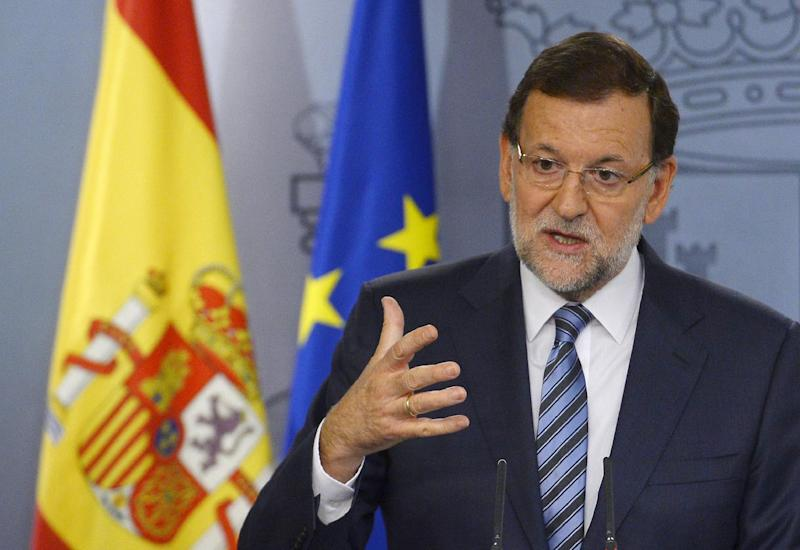 Spanish Prime Minister Mariano Rajoy speaks during a press conference after an extraordinary cabinet meeting on the Catalonia independence vote on September 29, 2014 at the Moncloa Palace in Madrid