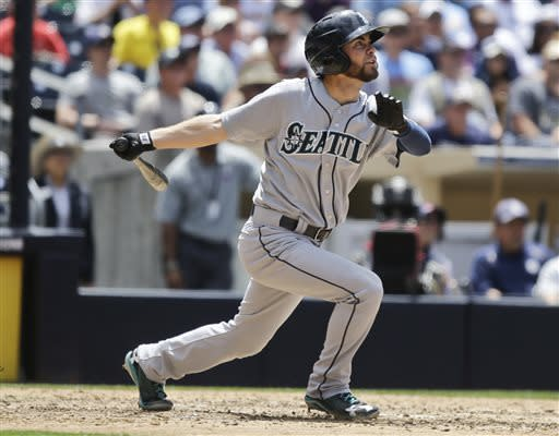 Franklin hits 1st 2 MLB homers in 7-1 Mariners win
