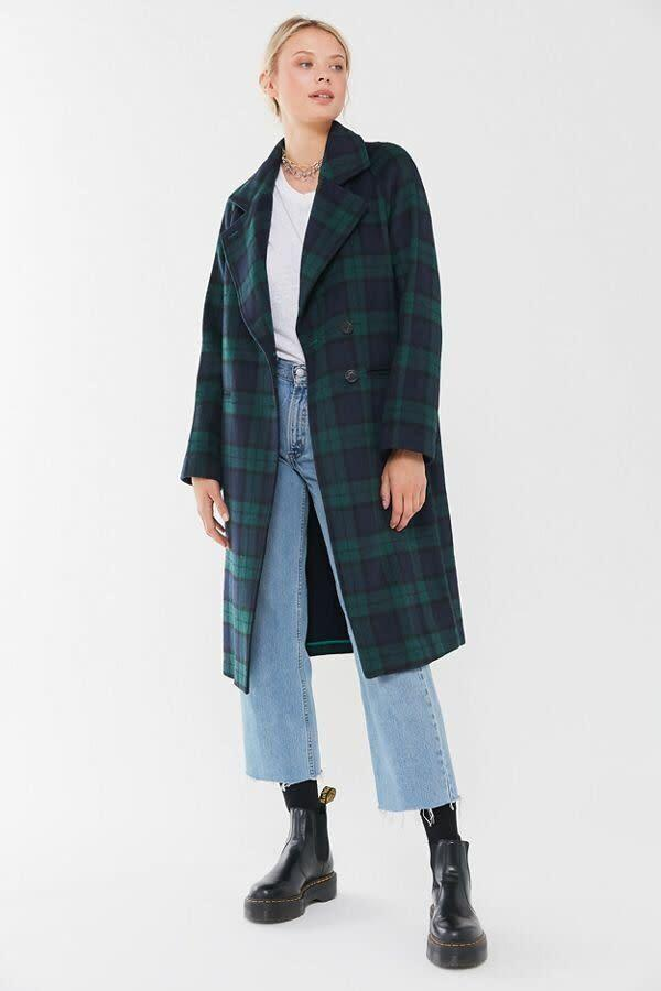 """<strong><a href=""""https://fave.co/2UMfN7N"""" rel=""""nofollow noopener"""" target=""""_blank"""" data-ylk=""""slk:Find it for $229 at Urban Outfitters"""" class=""""link rapid-noclick-resp"""">Find it for $229 at Urban Outfitters</a>.</strong>"""