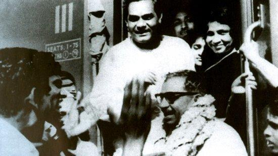 <p>Vajpayee with the late co-founder of Jan Sangh Deen Dayal Upadhyay. (Photo tweeted by @IndiaHistoryPic) </p>