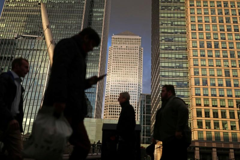 Britain backs new body to boost financial sector recruitment