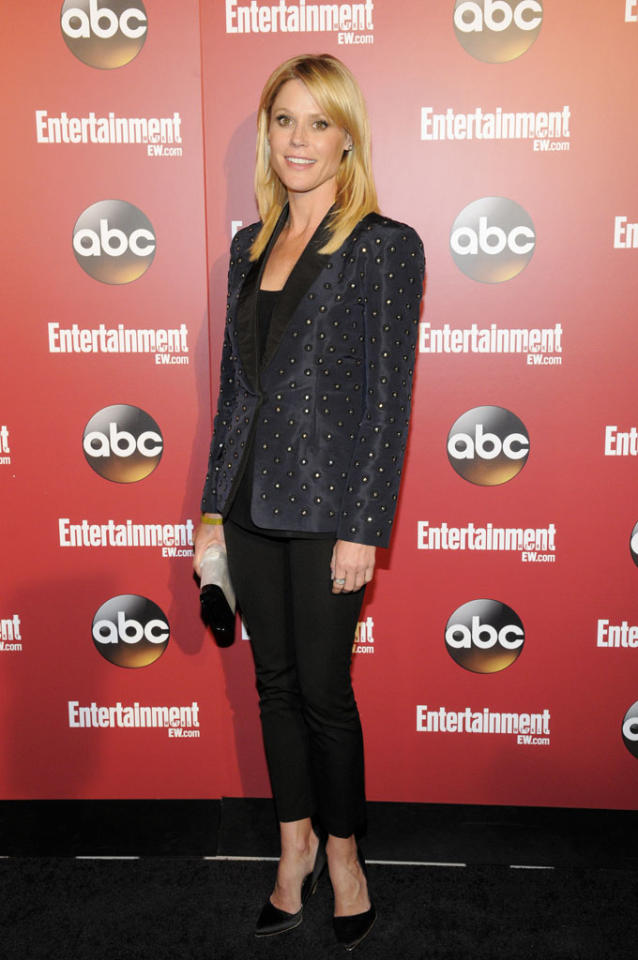 """Julie Bowen (""""Modern Family"""") attends the Entertainment Weekly & ABC 2013 New York Upfront Party at The General on May 14, 2013 in New York City."""