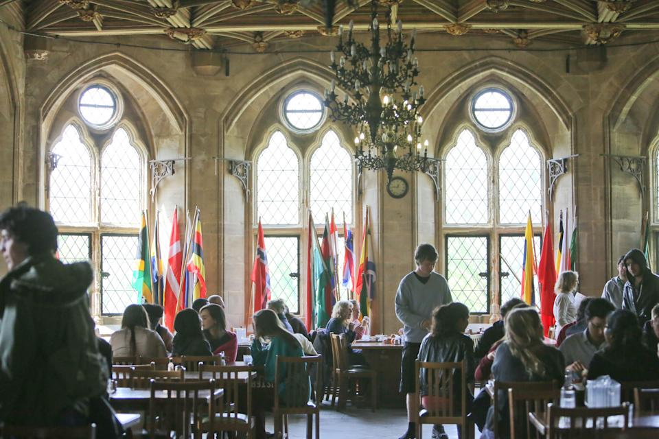 The dining hall of the castle is not a common school lunch hall. (UWC)