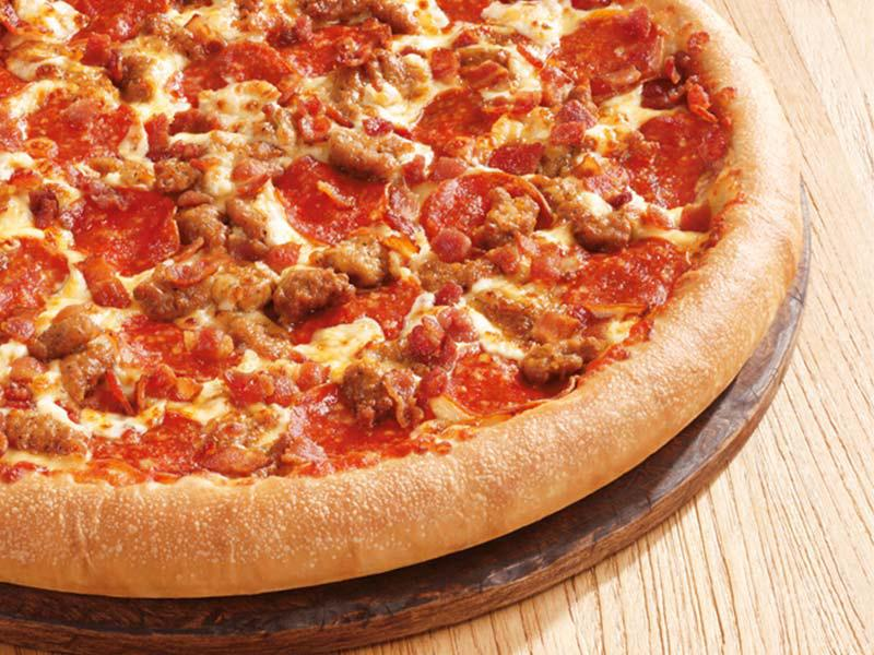 """<b>Pies in the sky</b>. Sign up at <a href=""""http://www.pizzahut.com/hutlovers"""" rel=""""nofollow noopener"""" target=""""_blank"""" data-ylk=""""slk:Pizza Hut's"""" class=""""link rapid-noclick-resp"""">Pizza Hut's</a> program, and you'll get yourself an email coupon for a free medium one-topping pizza if all four No. 1 seeds make Atlanta — something that Pizza Hut itself concedes has only happened once, back in 2008. And, if the four make it to the April 6-8 tournament, you gotta hustle: The coupon's redeemable through April 15."""