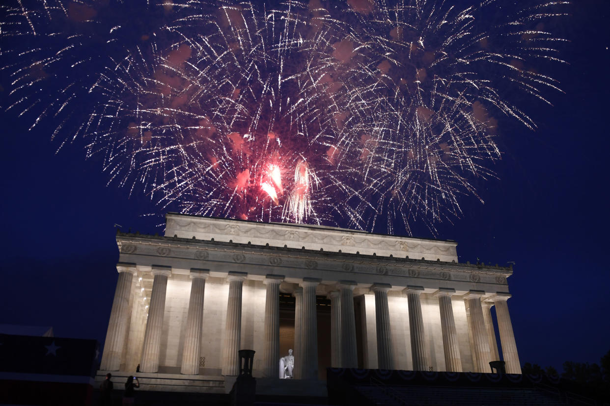 Fireworks go off over the Lincoln Memorial in Washington, July 4, 2019. (Photo: Susan Walsh/AP)