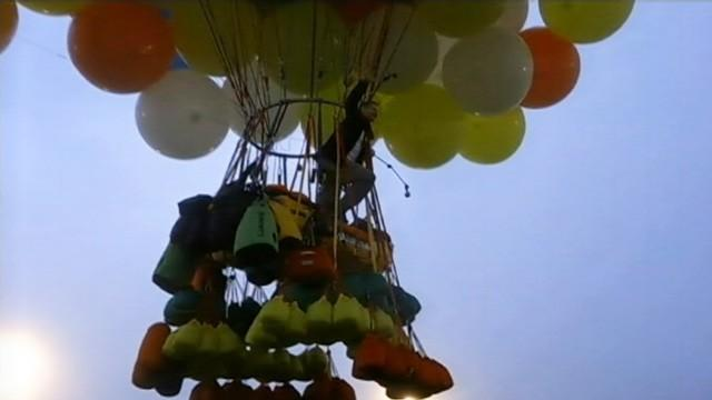 Jonathan Trappe planned to cross the Atlantic Ocean using more than 300 helium balloons.