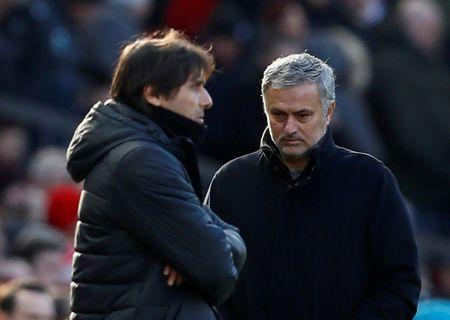 Soccer Football - Premier League - Manchester United vs Chelsea - Old Trafford, Manchester, Britain - February 25, 2018 Manchester United manager Jose Mourinho walks past Chelsea manager Antonio Conte as he comes out for the second half Action Images via Reuters/Jason Cairnduff