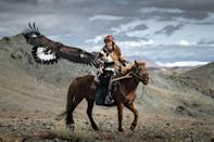 """<p>Kordan added: """"Once the eagle reaches the age of 12, the hunters release the bird so it can live the second part of its life in freedom."""" (Photo: Daniel Kordan/Caters News) </p>"""