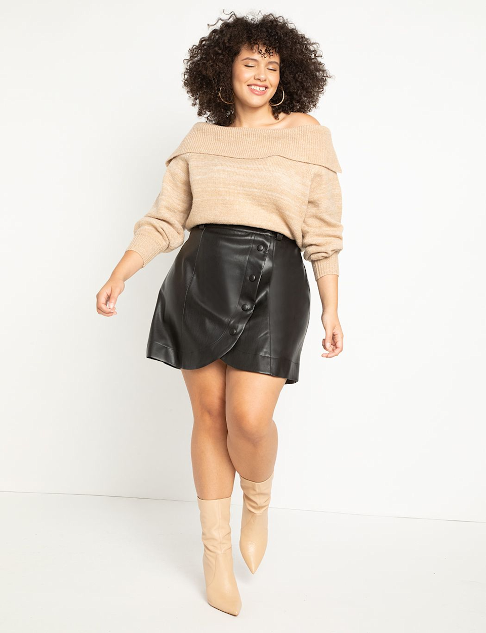 """<br><br><strong>Eloquii</strong> Faux Leather Mini Skirt, $, available at <a href=""""https://go.skimresources.com/?id=30283X879131&url=https%3A%2F%2Fwww.eloquii.com%2Ffaux-leather-mini-skirt%2F1206156.html"""" rel=""""nofollow noopener"""" target=""""_blank"""" data-ylk=""""slk:Eloquii"""" class=""""link rapid-noclick-resp"""">Eloquii</a>"""