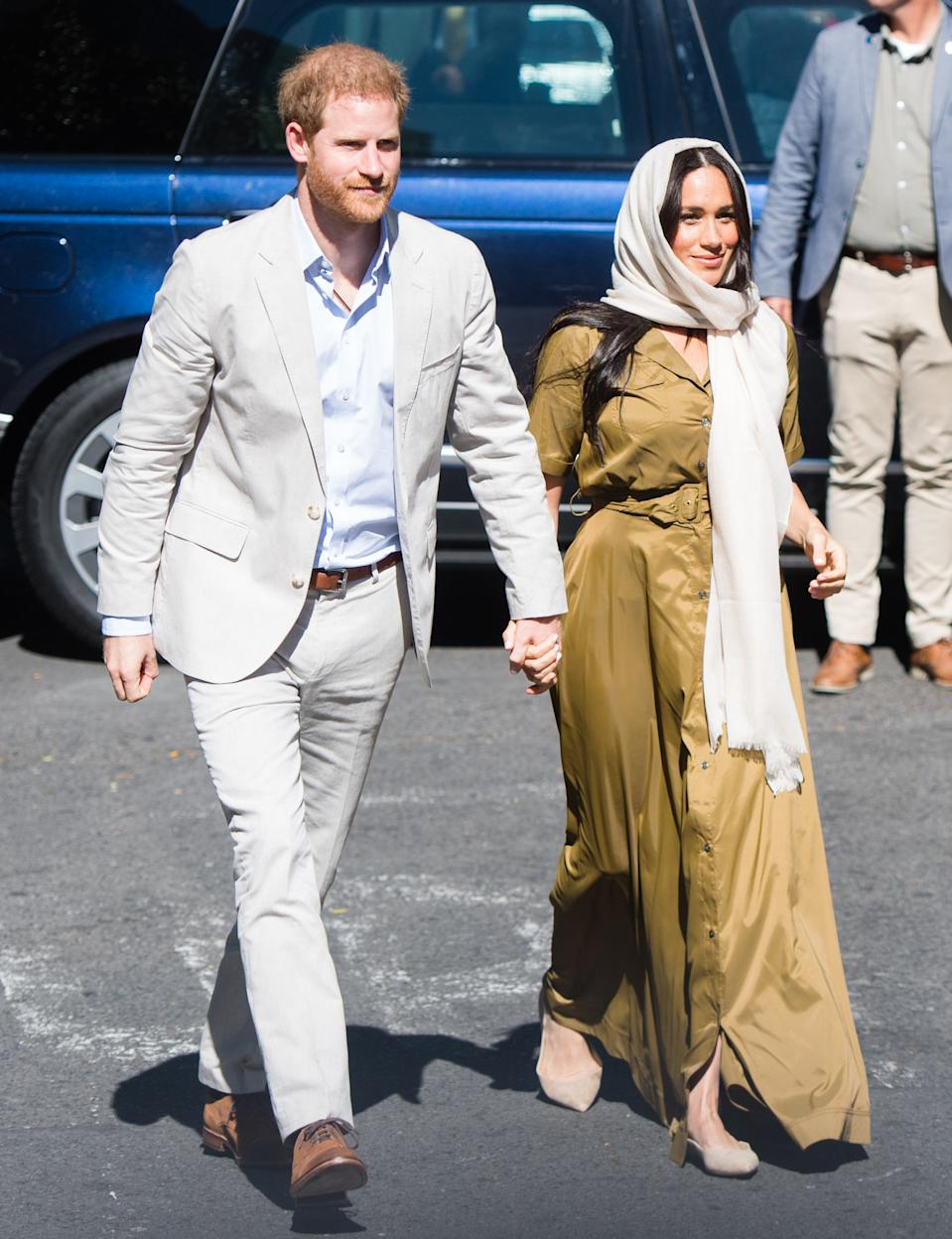 CAPE TOWN, SOUTH AFRICA - SEPTEMBER 24: Prince Harry, Duke of Sussex and Meghan, Duchess of Sussex visit Auwal Mosque in the Bo-Kaap neighbourhood with Prince Harry, Duke of Sussex, during their royal tour of South Africa on September 24, 2019 in Cape Town, South Africa. Auwal Mosque, the oldest mosque in South Africa, built in 1794.  (Photo by Samir Hussein/WireImage)