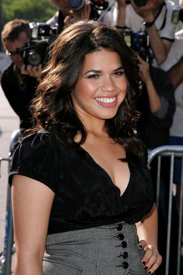"""""""Ugly Betty's"""" America Ferrera shows off her beautiful smile. James Devaney/<a href=""""http://www.wireimage.com"""" target=""""new"""">WireImage.com</a> - May 15, 2007"""