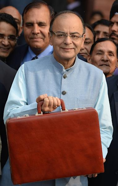 Indian finance minister Arun Jaitley proposed to reintroduce a 1% levy on some jewellery transactions as he laid out his budget for the financial year 2016-17, on February 29, 2016 (AFP Photo/Prakash Singh)