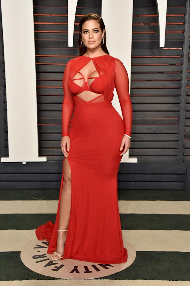 <p>The supermodel started a streak of standout red looks in Bao Tranchi. (Photo: Getty Images) </p>