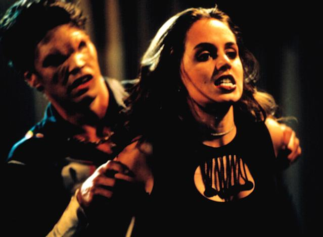 Eliza Dushku makes her first appearance as Faith in a 1998 episode of <em>Buffy the Vampire Slayer</em>. (Photo: 20th Century Fox Film Corp./Courtesy Everett Collection)