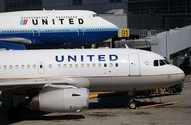 United Airlines planes parked at San Francisco International Airport (Justin Sullivan/Getty Images)