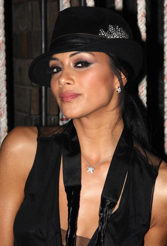 "Pussycat Dolls lead singer Nicole Scherzinger visits backstage at ""Chicago"" on Broadway at The Ambassador Theater on March 10, 2009 in New York City. (Photo by Bruce Glikas/FilmMagic)"