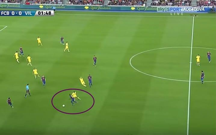 Eric Abidal emerges with the ball from the successful high press