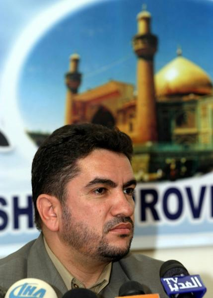 A picture from 2004 of Adnan Zurfi, former governor of Najaf, addressing reporters in the southern shrine city (AFP Photo/-)