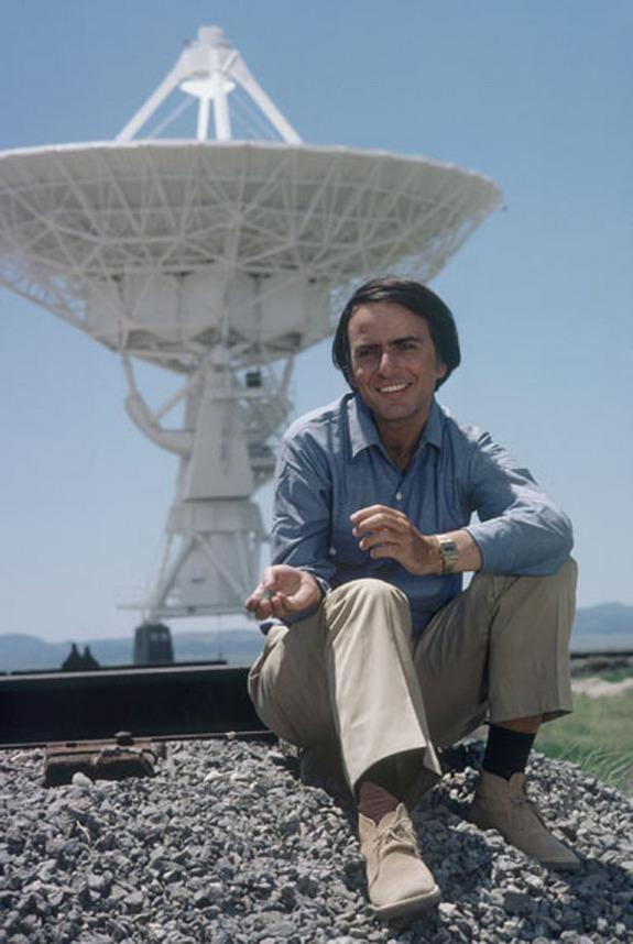 Vintage 'Cosmos' Marathon Airs This Weekend on National Geographic Channel