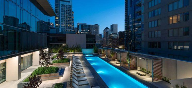 399 FREMONT IN SAN FRANCISCO HOUSES 447 RESIDENTIAL UNITS ON 42 FLOORS, AND 25,000 SQUARE FEET OF AMENITY SPACE.