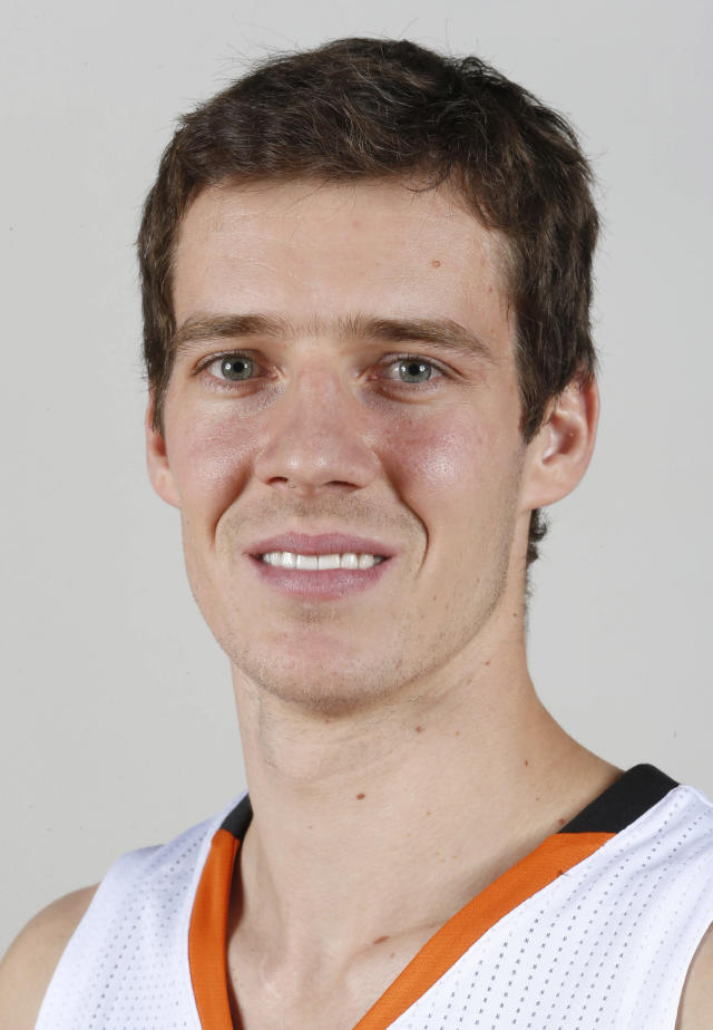 FILE - This Sept. 30, 2013 file photo shows Phoenix Suns NBA basketball player Goran Dragic, of Slovenia, during the teams NBA media day in Phoenix. Dragic has been honored as the NBA's Most Improved Player, Wednesday, April 23, 2014, after his career year helped lead the Suns to 23 more wins this season. (AP Photo/Ross D. Franklin, File)
