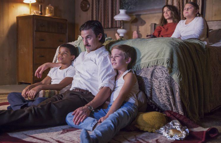 Lonnie Chavis as 8-year-old Randall, Milo Ventimiglia as Jack, Parker Bates as 8-year -old Kevin, Mackenzie Hancsicsak as 8 -year -old Kate, and Mandy Moore as Rebecca (Credit: Ron Batzdorff/NBC)
