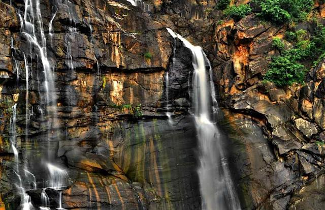 "Hundru Falls, Jharkhand Hundru Falls is created on the course of the Subarnarekha River where it falls from a height of 98 metres (322 ft), creating one of the highest waterfalls in the state of Jharkhand. <br>By <a href=""https://www.flickr.com/photos/62026955@N03/"" rel=""nofollow noopener"" target=""_blank"" data-ylk=""slk:Srikumar Mitra"" class=""link rapid-noclick-resp"">Srikumar Mitra</a>"