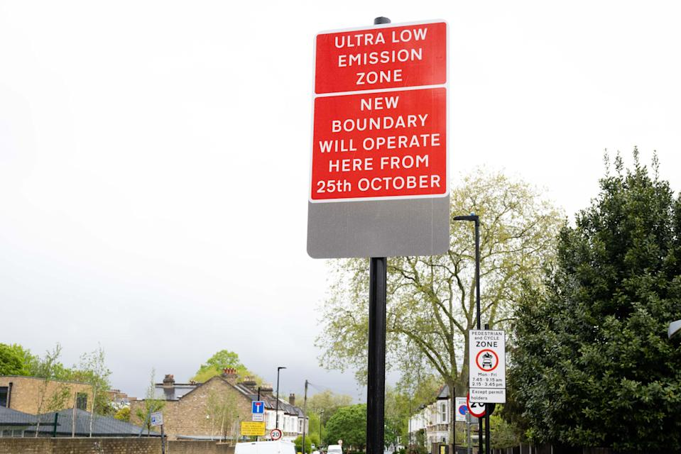 <p>One of the new Ulez expansion signs</p> ( Eleanor Bentall)