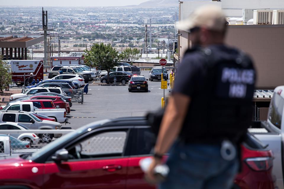 Law enforcement agencies respond to an active shooter at a Wal-Mart near Cielo Vista Mall in El Paso, Texas, Saturday, Aug. 3, 2019. (Photo: Joel Angel Juarez/AFP/Getty Images)