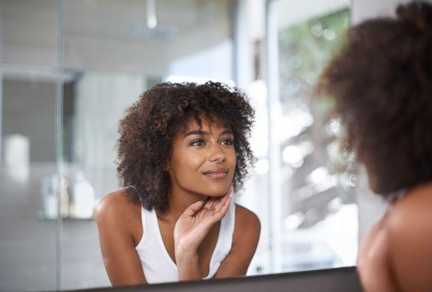 PHOTO: A woman is getting motivated for herself for a new year's resolution seen in this stock image.  (STOCK PHOTO/Getty Images)
