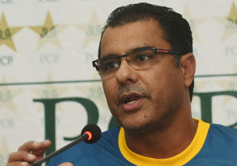 Pakistan's Waqar wants to 'stay on longer' after bad light delays in second Test