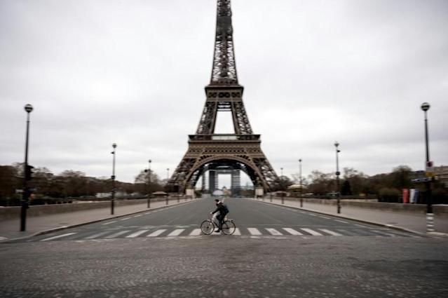 A cycling boom in Paris, experts and advocates say, is not a happy accident but the result of years of planning accelerated by a series of crises (AFP Photo/Lionel BONAVENTURE)