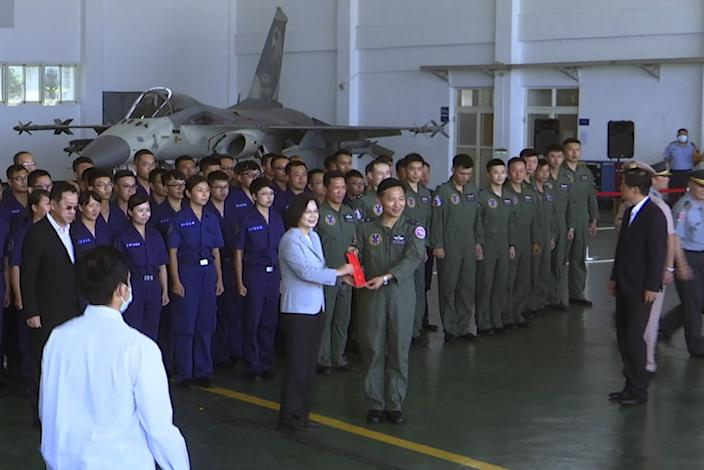 """Taiwan President Tsai Ing-wen, center left, has been working to promote military service. <span class=""""copyright"""">(Johnson Lai / Associated Press)</span>"""