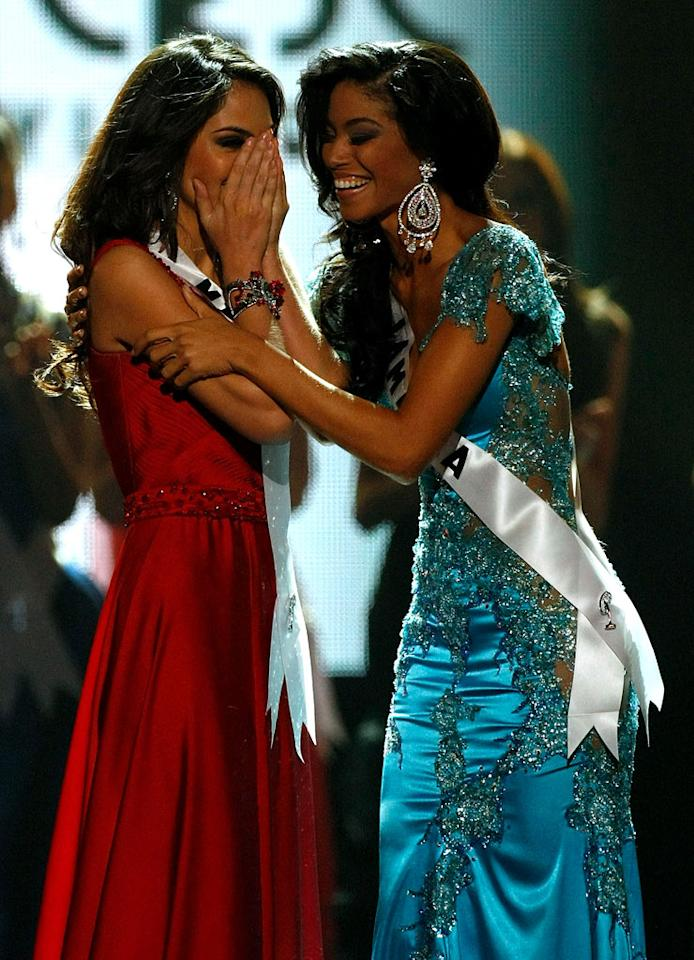 """Miss Mexico 2010, Jimena Navarrete (L), and Miss Jamaica 2010, Yendi Phillipps, react as Navarette is named the <a href=""""/2010-miss-universe-pageant/show/46695"""">2010 Miss Universe</a> and Phillipps the first runner-up during the 2010 Miss Universe Pageant"""