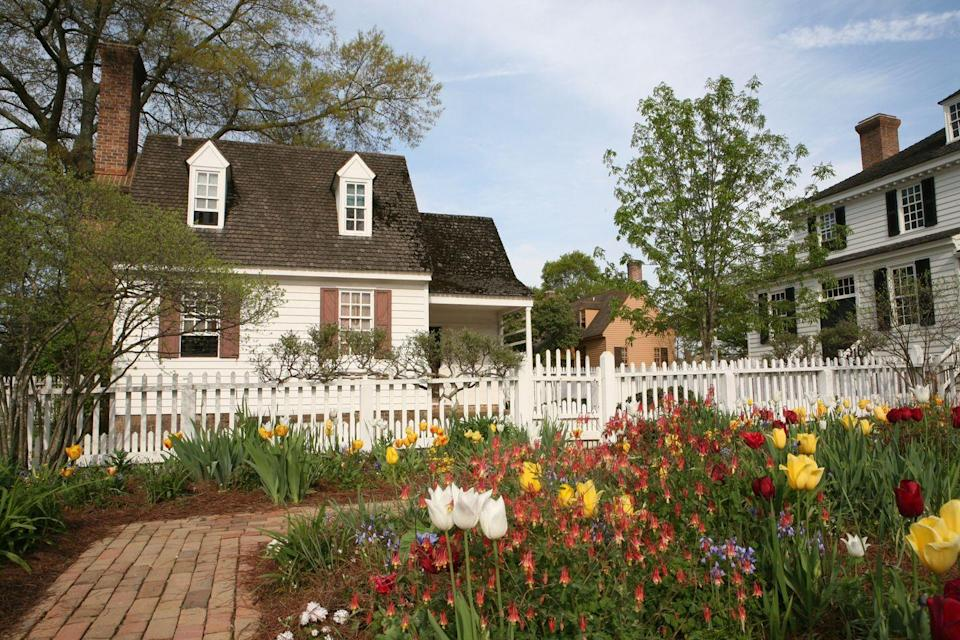 "<p>America's most famous open-air museum is <a href=""https://www.colonialwilliamsburg.org"" rel=""nofollow noopener"" target=""_blank"" data-ylk=""slk:Colonial Williamsburg"" class=""link rapid-noclick-resp"">Colonial Williamsburg</a>, which has several hundred restored buildings from the 18th century when Williamsburg was the capital of colonial Virginia. Favorite sites include the grand Governor's Palace, for its decorative splendor, and the Magazine, for its beautiful architectural simplicity.</p>"