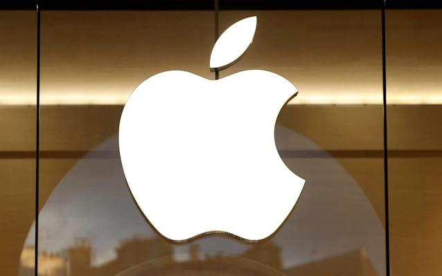<p>Apple to pay $38bn Trump tax bill </p>