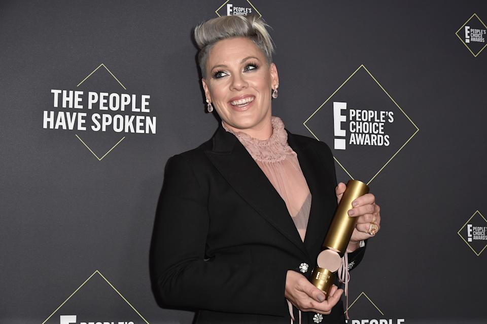 Pink pictured at the 2019 E! People's Choice Awards in November 10. [Photo: Getty]