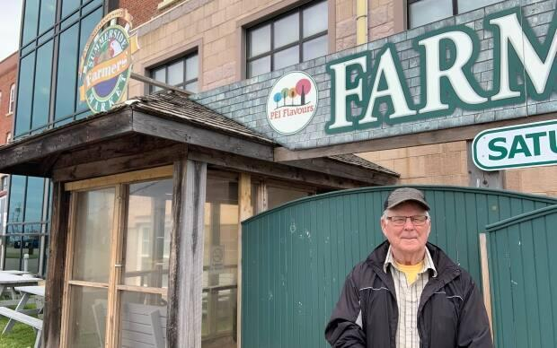 Manager Don MacDonald stands in front of the Summerside Farmers' Market building. On Saturday, the market dealt with a man who refused to wear a mask and didn't want to leave.  (Travis Kingdon/CBC - image credit)