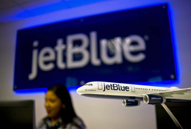 JetBlue stops selling tickets on a dozen travel websites