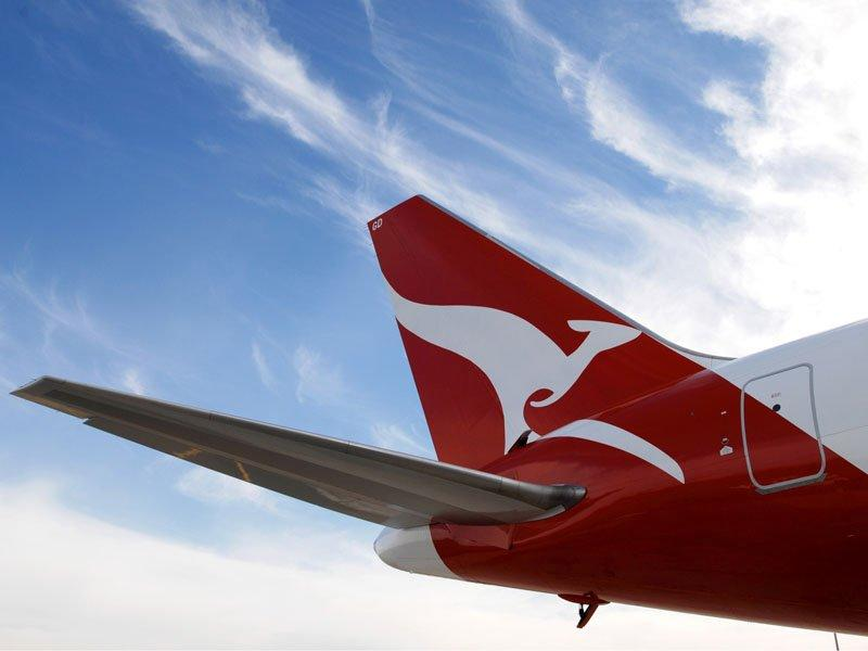 Qantas confirms Emirates talks, shares up