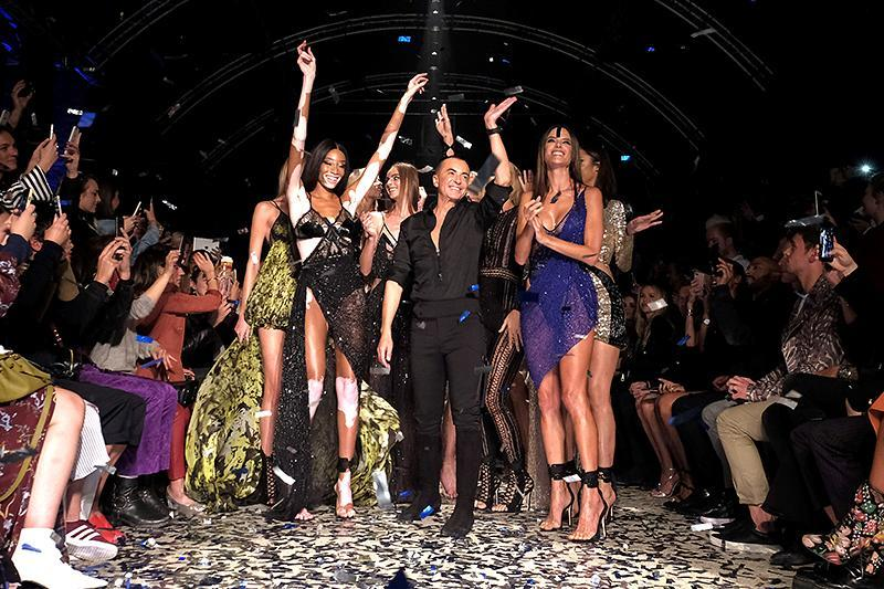 The finale of the Julien Macdonald Spring/Summer 2018 show